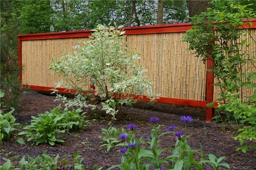 StagingDecorating on the Cheap Making a privacy fence