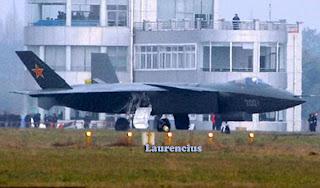 Pesawat_Jet_J-20_Might_Dragon_Pesawat_Jet_siluman_China_1