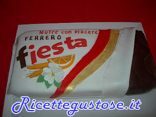 torta fiesta decorata con pasta di zucchero, torte decorate