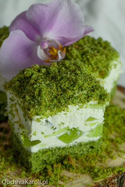 Leśny mech na bogato. Ciasto ze szpinakiem.