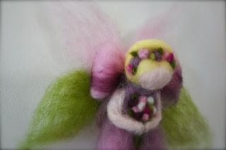 http://alittlebitcountrynz.blogspot.com/2013/12/little-anahera-fairiesand-custom.html