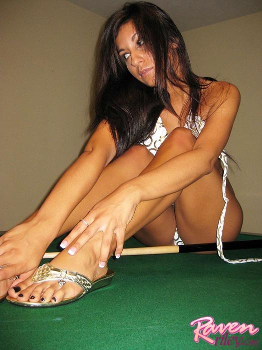 Raven riley pool table