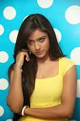 Vithika sheru dazzling photos-thumbnail-12