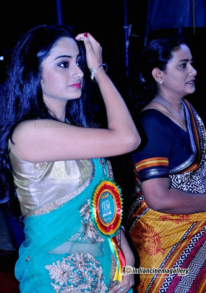 Namitha Pramod Hot Show In Saree At Amrita Tv Film Awards
