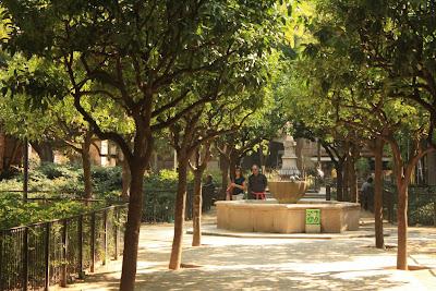 Gardens of El Hospital de la Santa Creu in Barcelona
