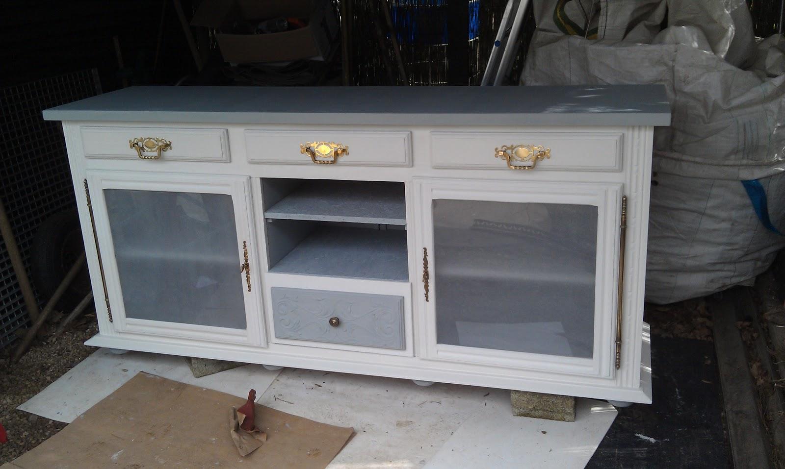 Par hasard de l 39 art relook 39 de meubles partie 2 for Vernir un meuble peint
