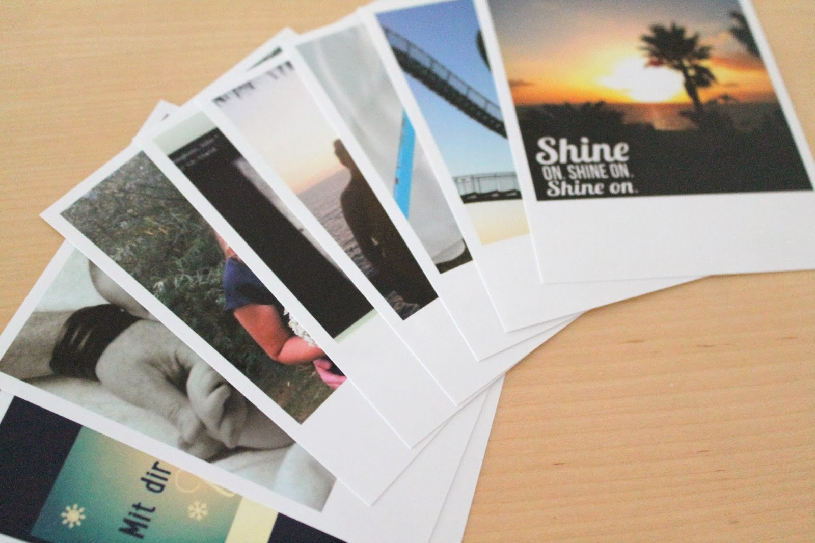 Kleines freudenhaus deine instagram bilder als for Polaroid wand