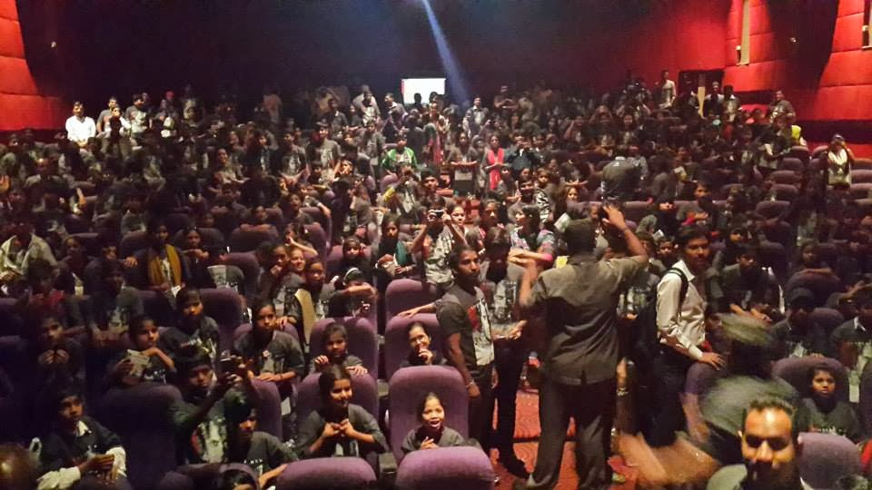 Jai Ho special screening kept for under privileged kids
