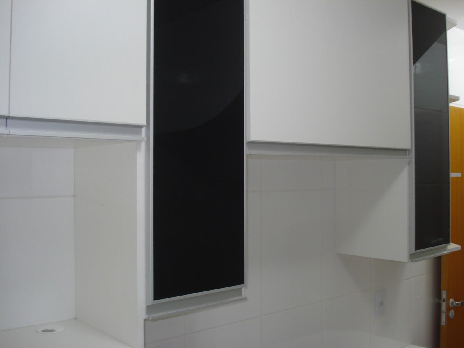 #66380C  em Perfil de Alumínio Corrediças Telescópicas e Portas em Vidro 1058 Portas E Janelas De Aluminio Em Belo Horizonte