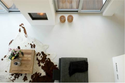 Pavimenti dallo spessore minimo di arredamento e interni