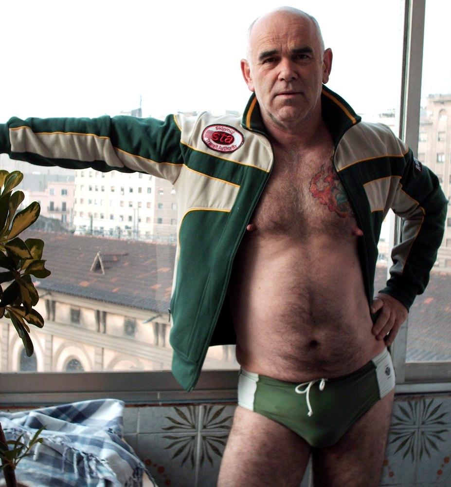 hairy gay daddies - irish gay daddy - daddy bear men