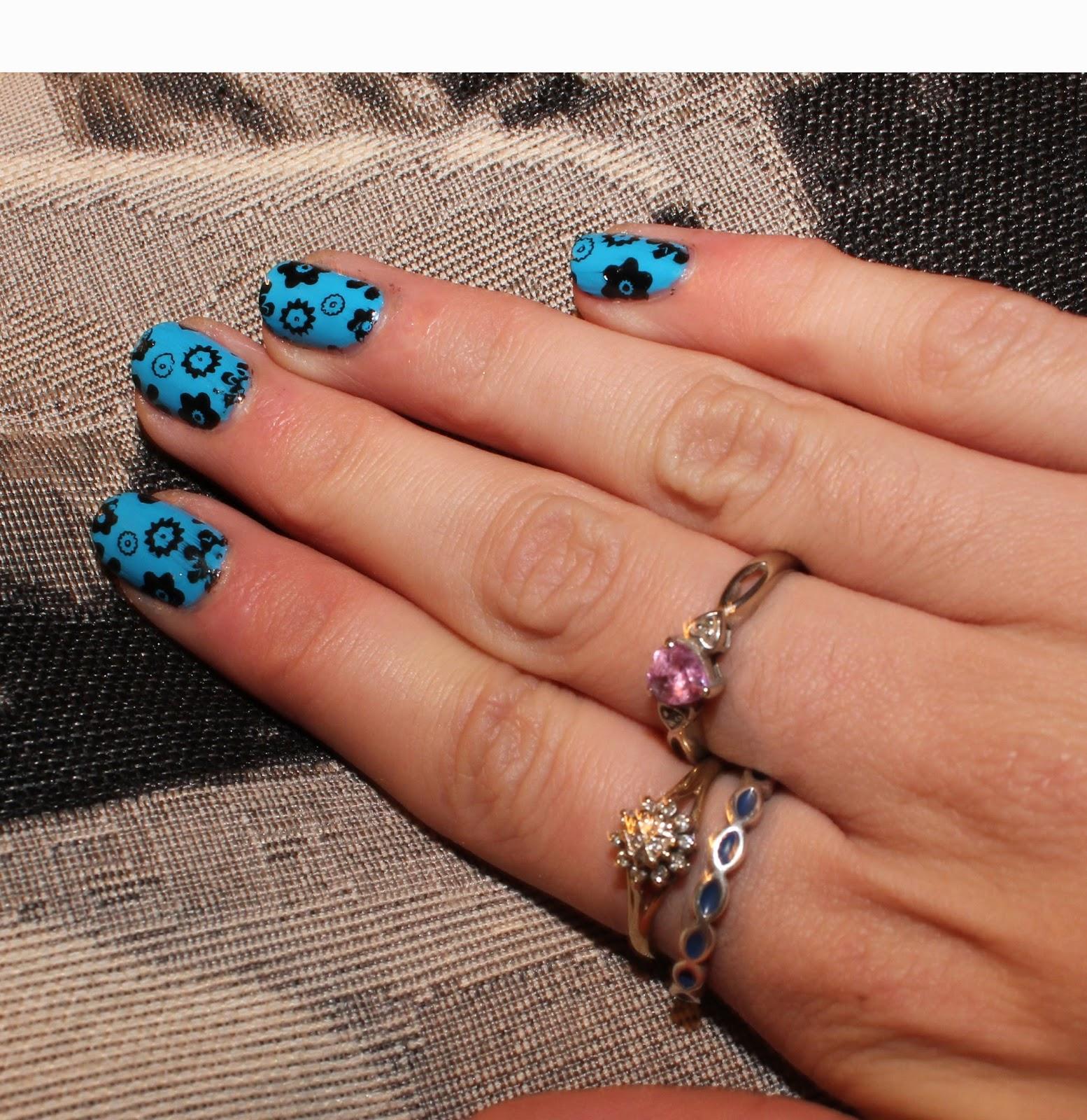 Manicure Monday - MoYou Nail Art: Nail Stamping - Ami Rose