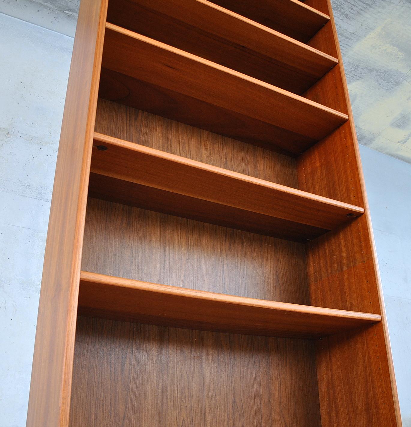 Select modern for Post modern bookshelf