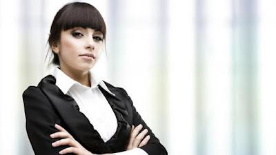 5 Cara Aman Dekati Wanita Mapan