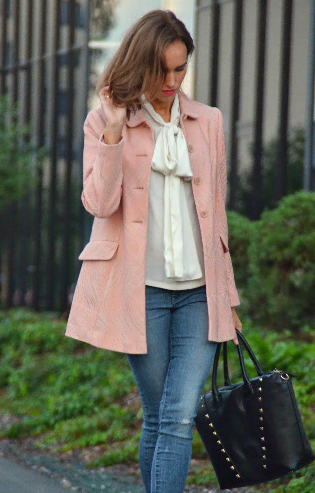 primark-coat-asos-blouse-zara-heels