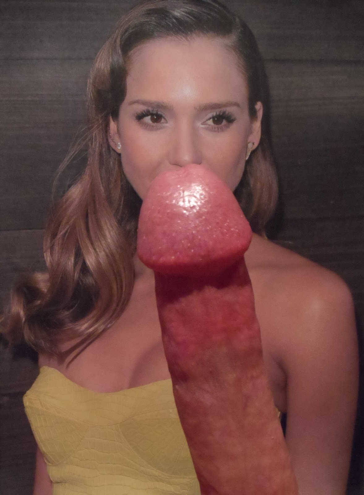 jessica alba kissing dick