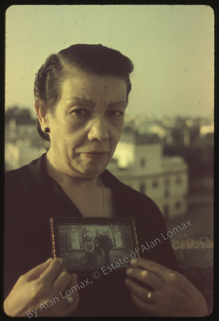 papeles flamencos: unas fotos de pastora pavón de 1952