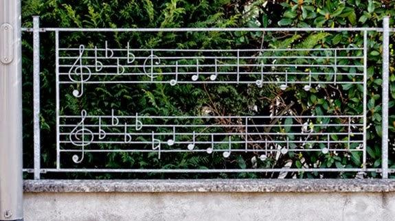20 top modern minimalist fences 2015 dsain minimalist for Minimalist house fence