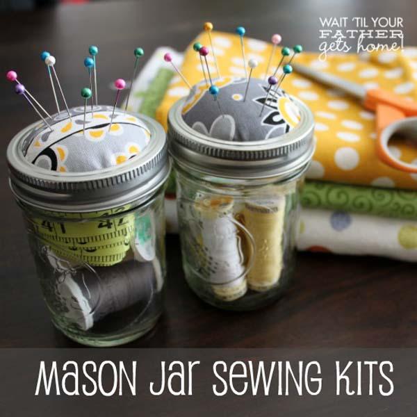 http://www.waittilyourfathergetshome.com/2013/04/01/mason-jar-sewing-kits/