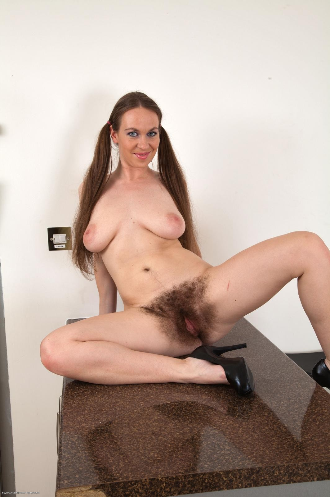 Body mature nudist vagina gallery her