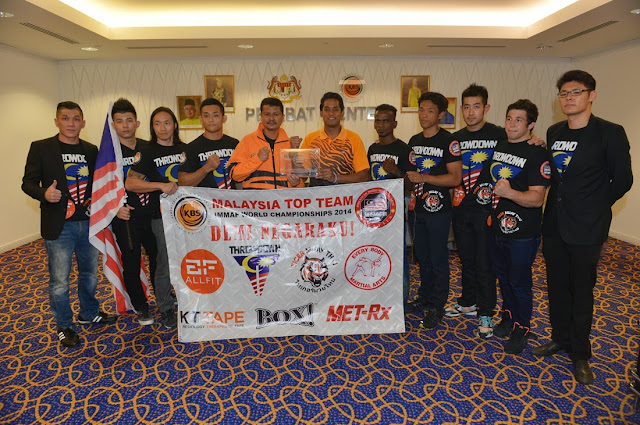 Team Malaysia for IMMAF World Championships 2014 with YB Khairy Jamaluddin