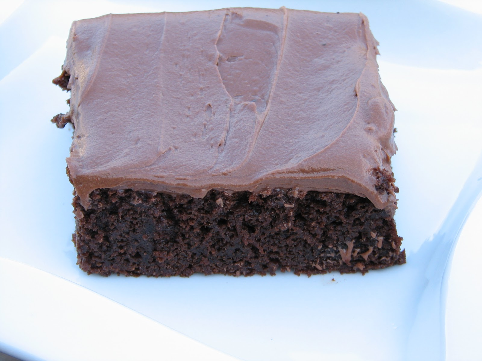 Free Desserts made Delicious: Gluten Free Hershey's Chocolate Cake