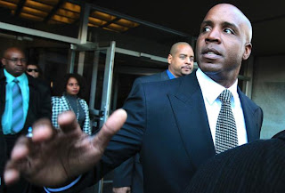 UPDATE 3-Conviction of baseball's Barry Bonds upheld by U.S. appeals court