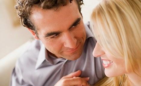 Tips Memikat Hati Gadis Pendiam dan Pemalu