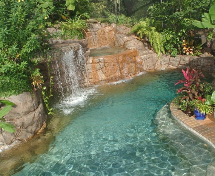 Home and garden artificial rocks around swimming pool for Garden oases pool entrance