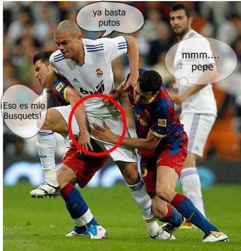 Jugadores del Barca cachados en accion Gay!!!