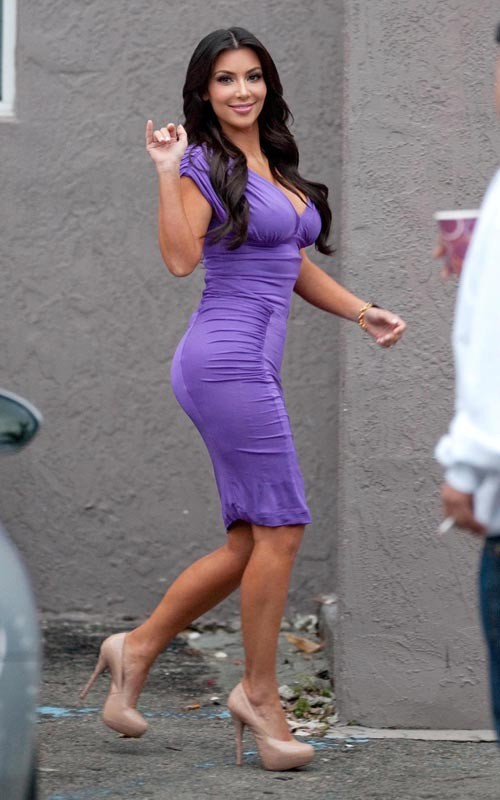 Kim Kardashian In A Purple Tight Dress Kim-Kardashian-1%2B%25281%2529