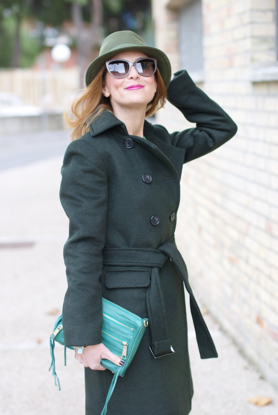 Sumissura double breasted coat and green fedora hat on Fashion and Cookies fashion blog, fashion blogger style