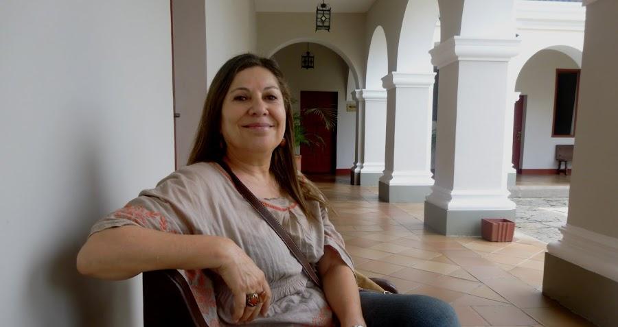 Elvira Alejandra Quintero . poeta colombiana