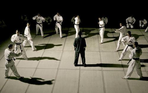 Nghệ thuật dùng một mình đánh nhau với nhiều người