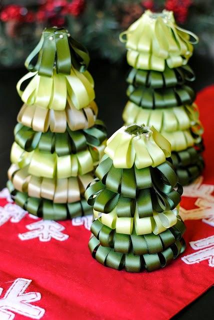 DIY, Arbol de Navidad con Cintas de Tela