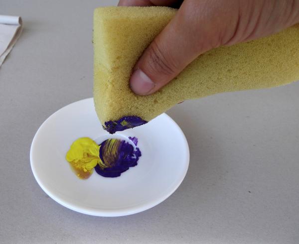 sponge painting, paint with a sponge