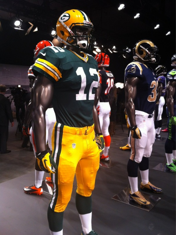 Packers uniforms ready for Sunday Night Football