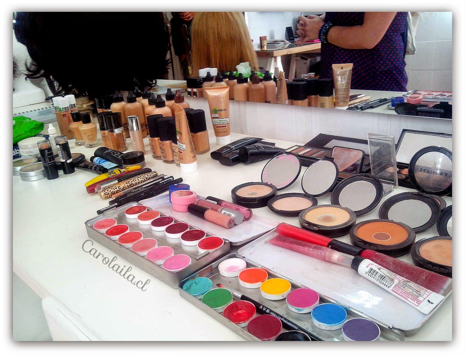 - Estudio de maquillaje ...