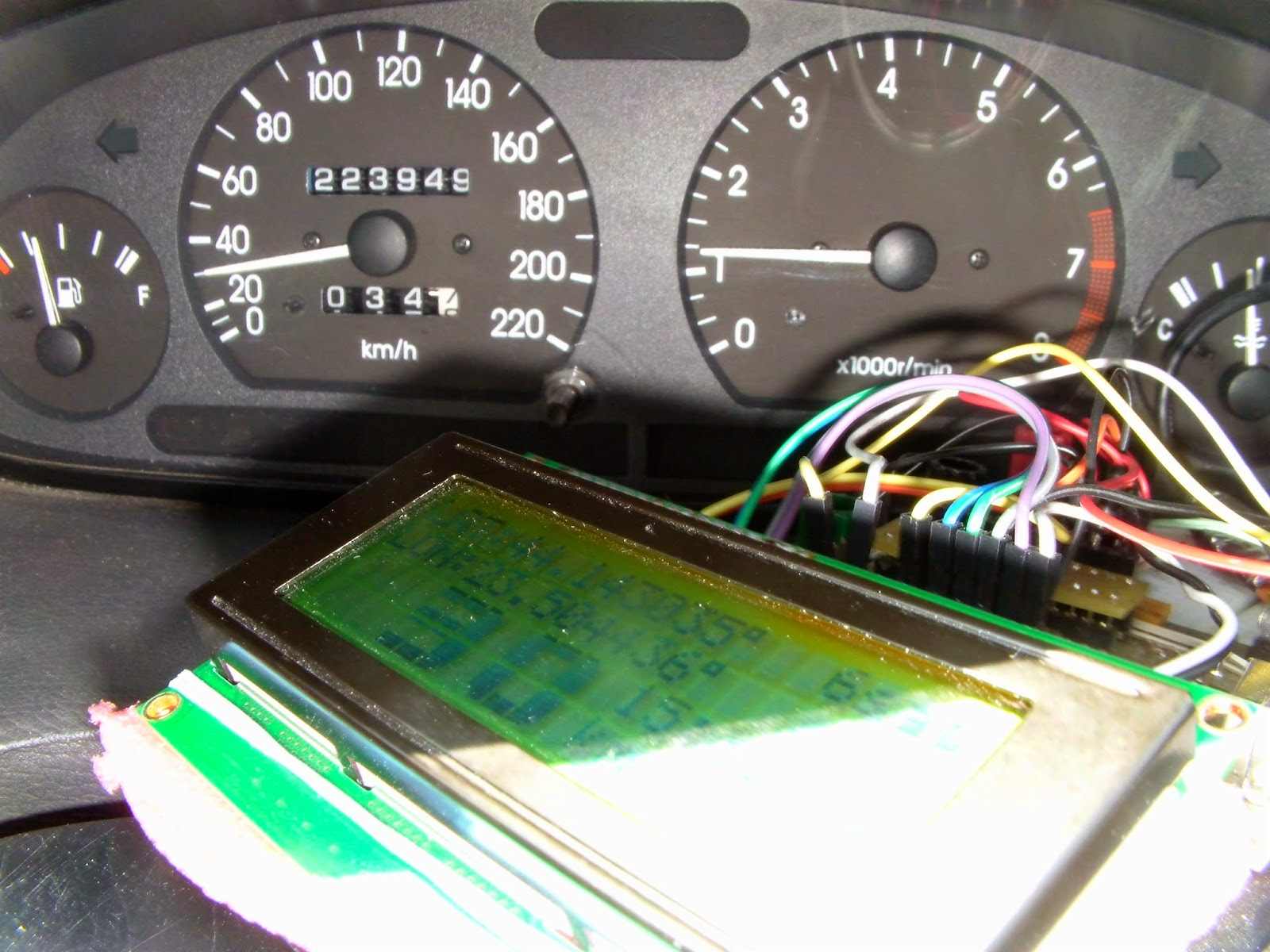 Arduino tehniq old gps receiver and speedometer