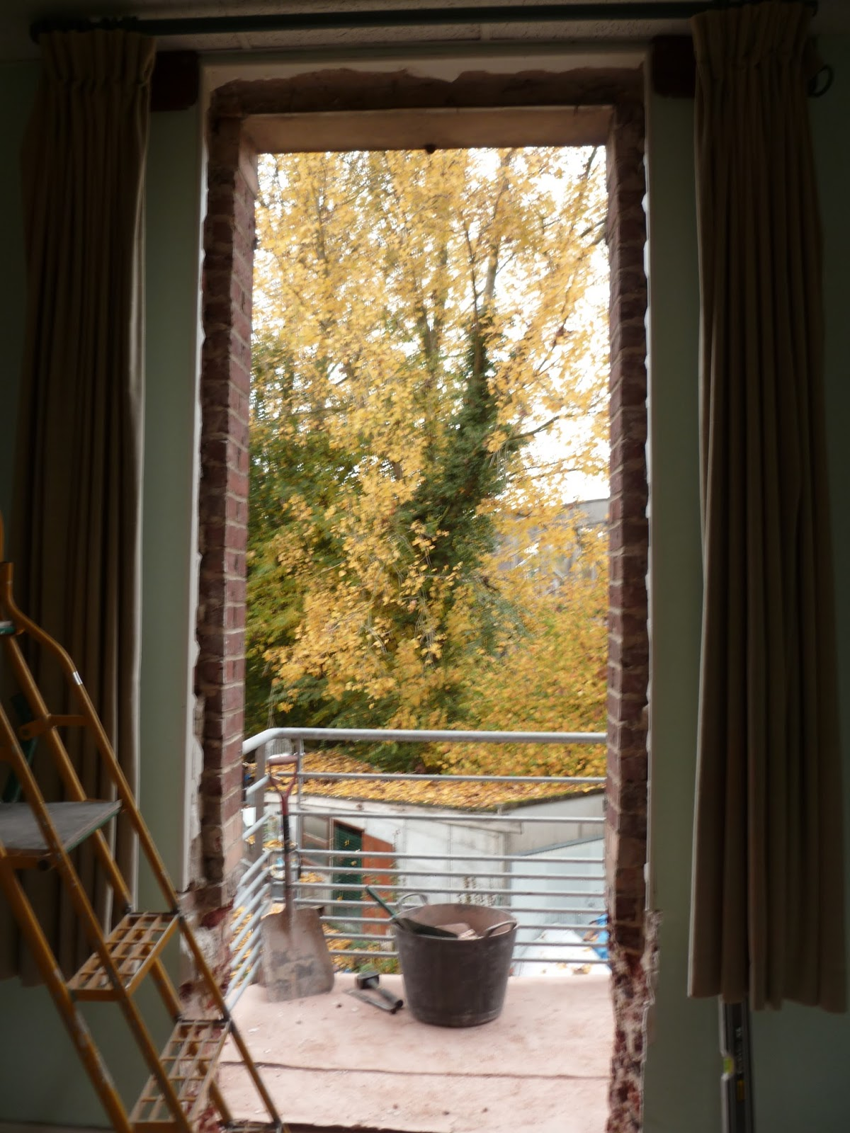 lesdins blog infos la porte de secours au gite. Black Bedroom Furniture Sets. Home Design Ideas