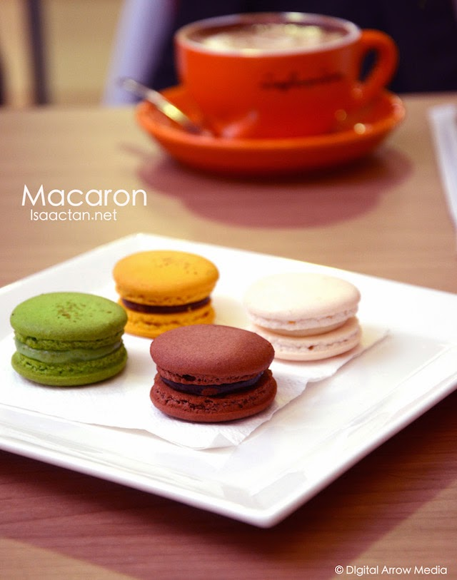 Macarons at RM4.50 per piece for regular flavours, RM5 for seasonal flavours and RM7 for the musang king durian flaour.