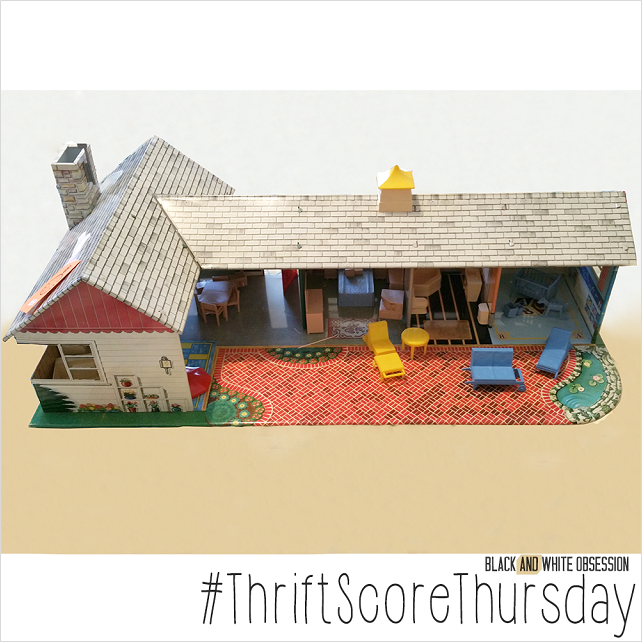 #thriftscorethursday Week 54 Vintage Metal Dollhouse | www.blackandwhiteobsession.com