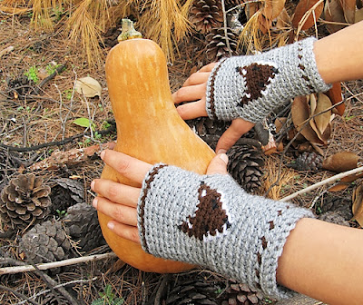 free crochet pattern fox fingerless gloves
