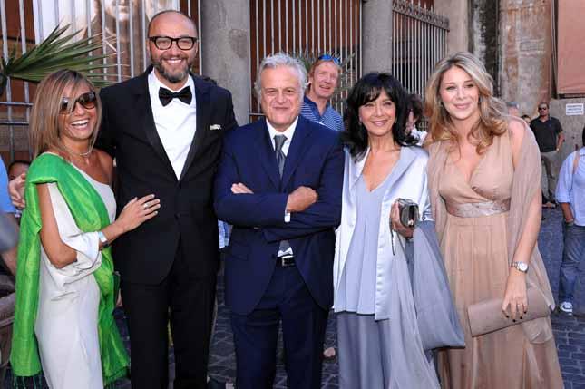 Matrimonio Pasquale Romano E Greta Lomaglio : Oggi sposi matrimonio pasquale romano del