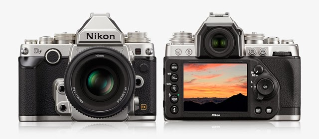 Fotografia della Nikon Df, fronte e retro