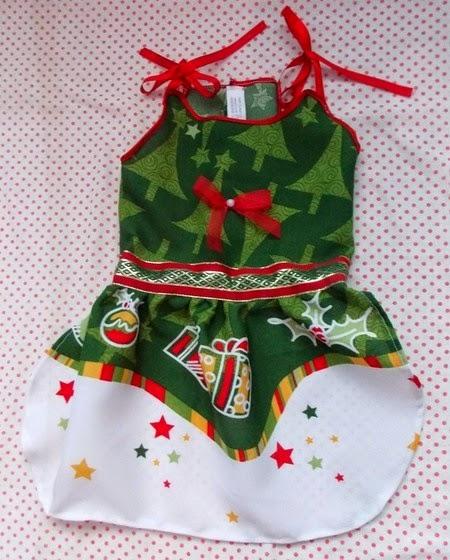 http://www.elo7.com.br/vestido-de-natal/dp/48ED77