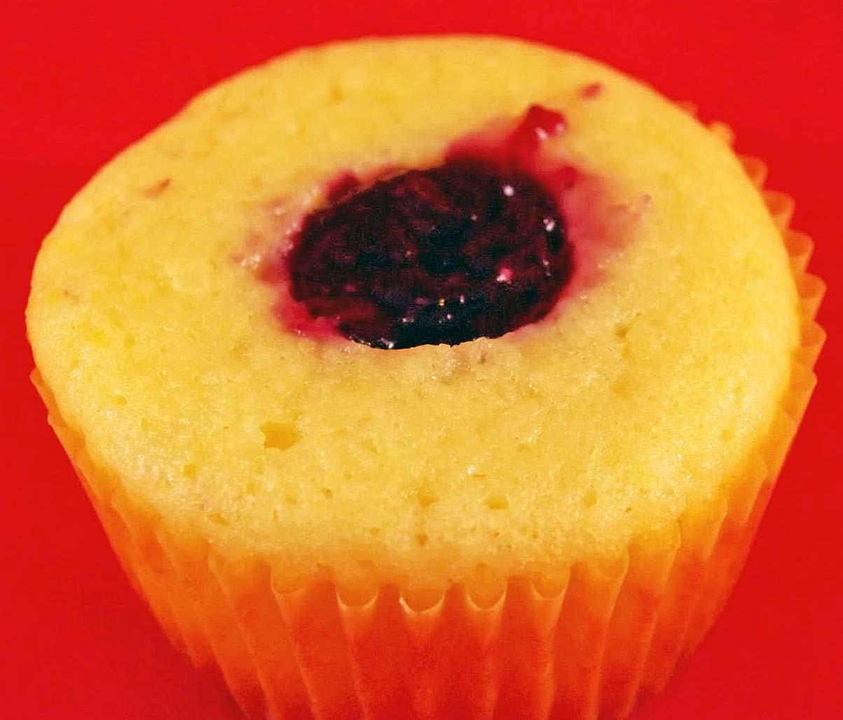 4 goodness bake!: lemon-blueberry cupcakes with whipped lemon