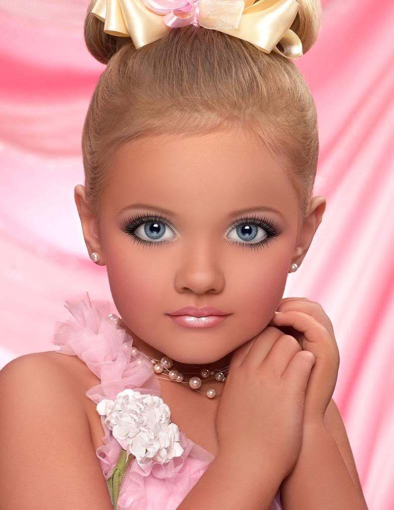 toddler pageant essays Below is an essay on toddlers and tiaras a satire from anti essays, your source for research papers, essays, and term paper examples toddlers and tiaras a satire toddlers and tiaras, is a show that enlightens us on the younger modeling world.