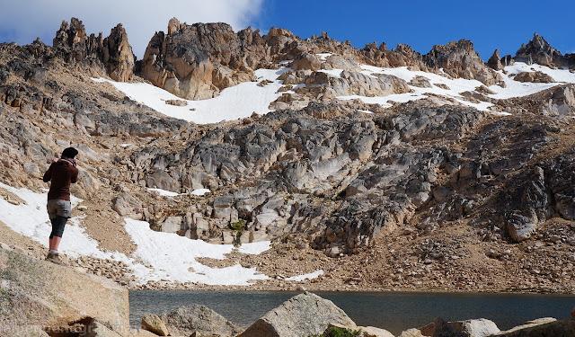 refugio frey, laguna schmoll, trekking San martin, cerro catedral