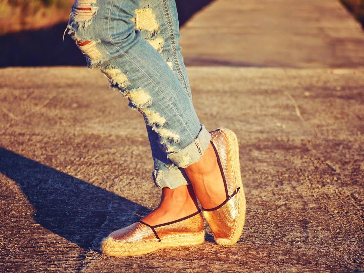 Types of shoes: Espadrilles - Tipos de zapatos: Alpargatas